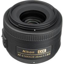 Nikon 35mm f1.8 DX